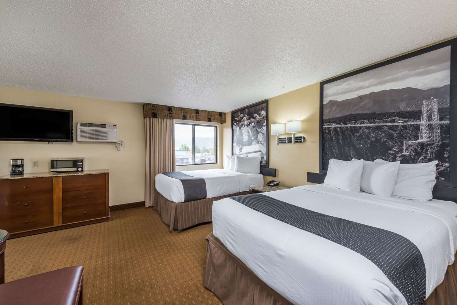 Suite - Super 8 Hotel Canon City