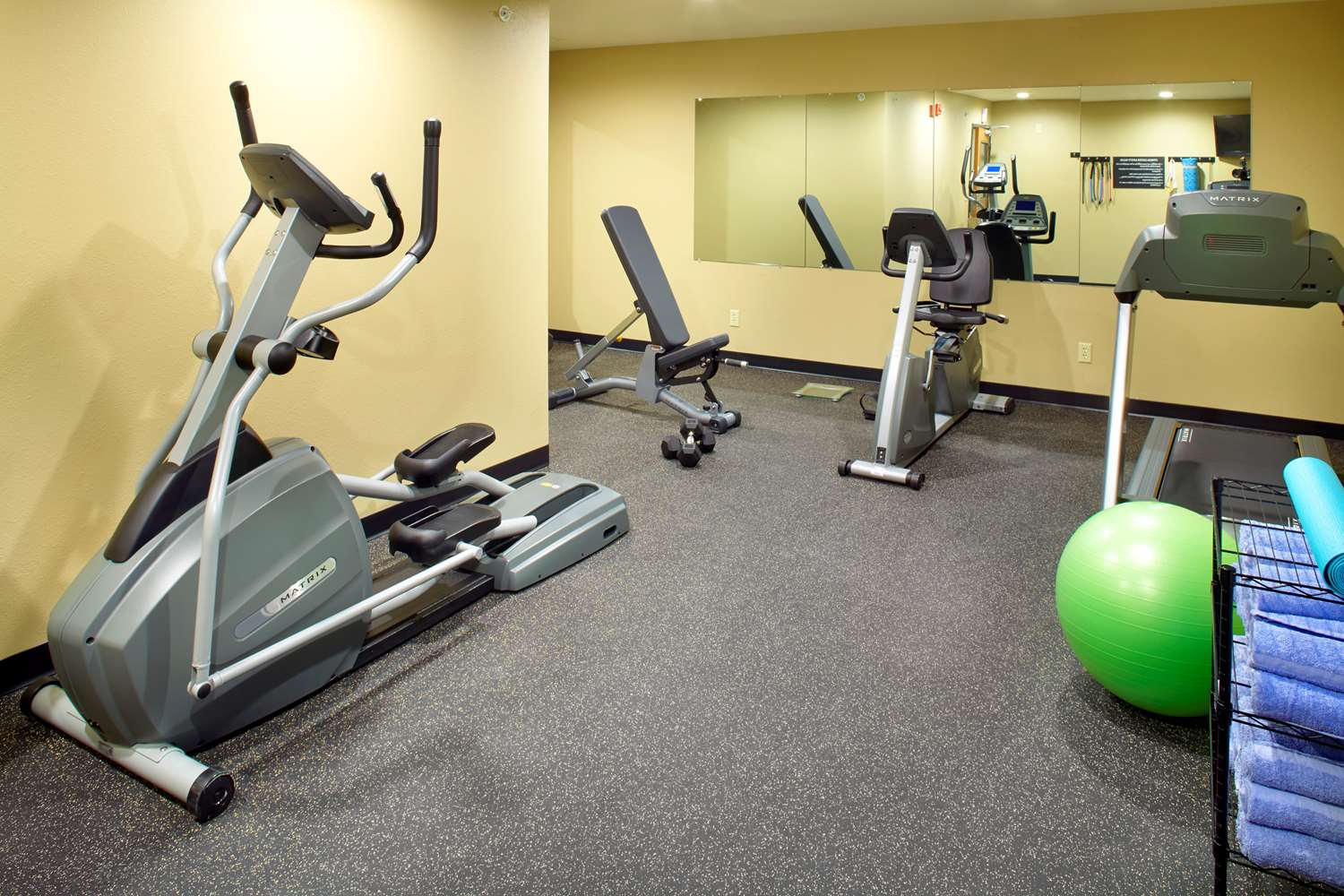 Fitness/ Exercise Room - Super 8 Hotel St Clairsville