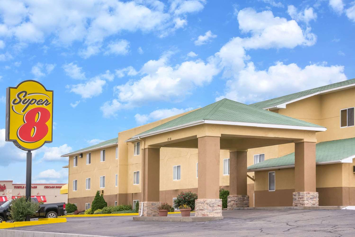 Exterior view - Super 8 Hotel Dodge City