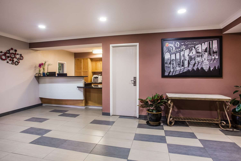 Lobby - Super 8 Hotel Vacaville