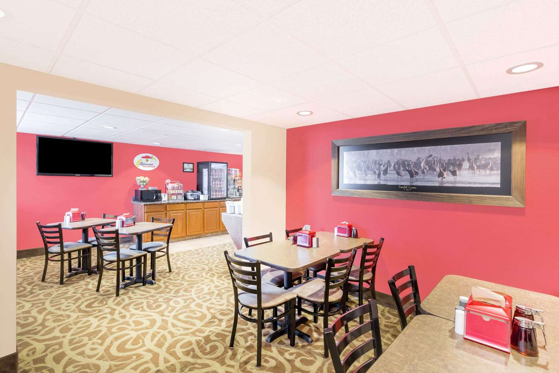 proam - Super 8 Hotel Kearney