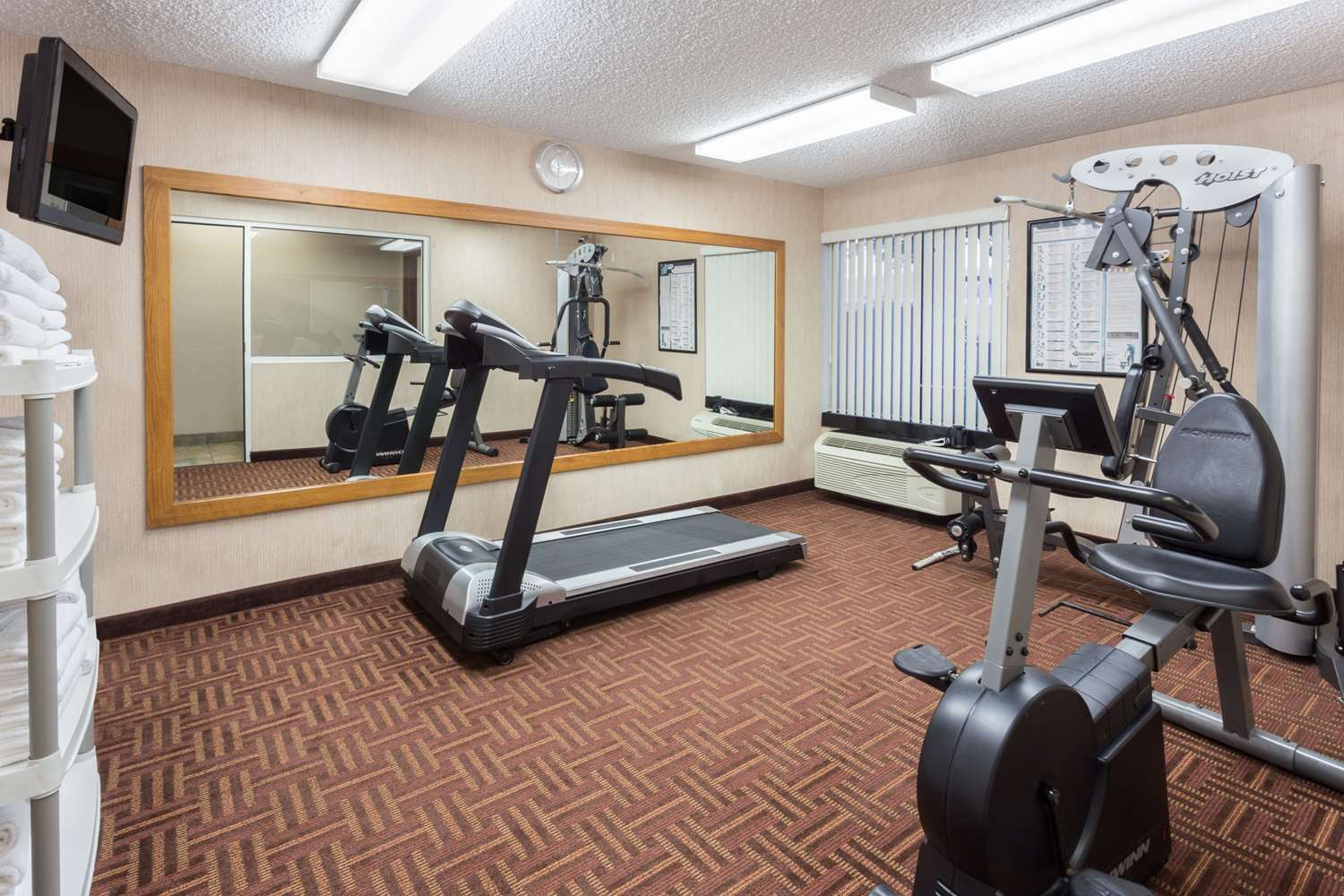 Fitness/ Exercise Room - Super 8 Hotel South Madison