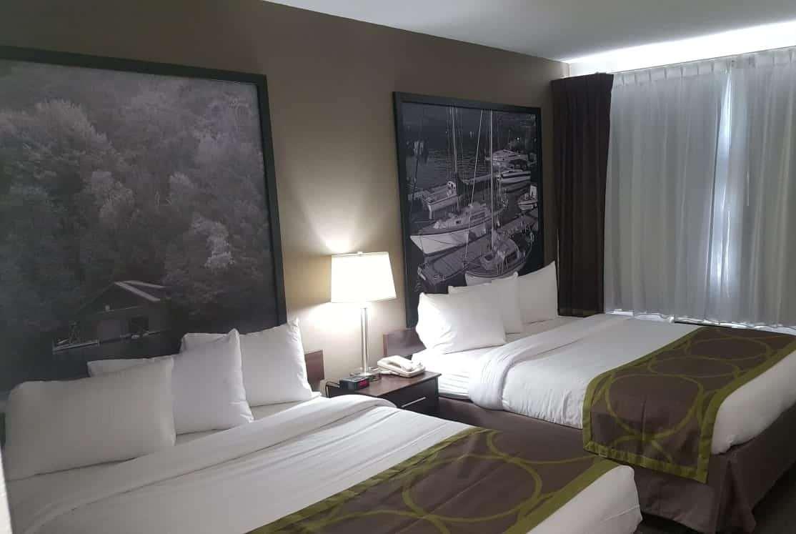 Room - Super 8 Hotel Sarnia