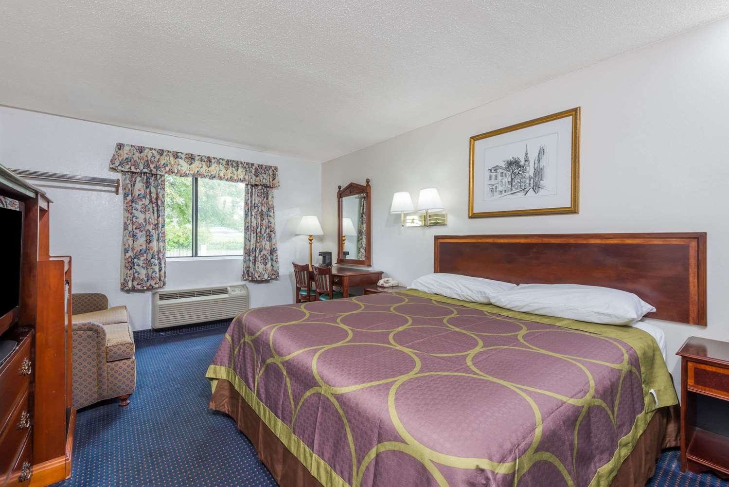 Room - Super 8 Hotel Hartford