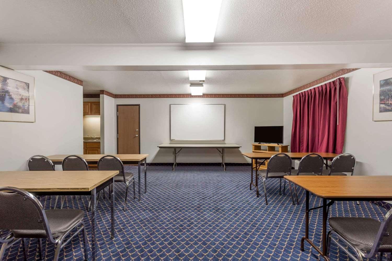 Meeting Facilities - Super 8 Hotel Germantown