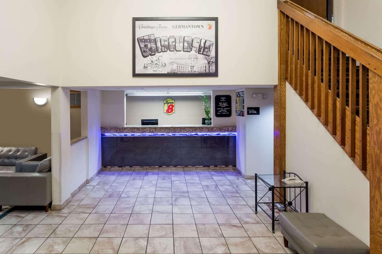 Lobby - Super 8 Hotel Germantown