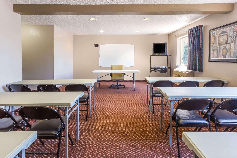 Meeting Facilities - Super 8 Hotel I-55 North Joliet