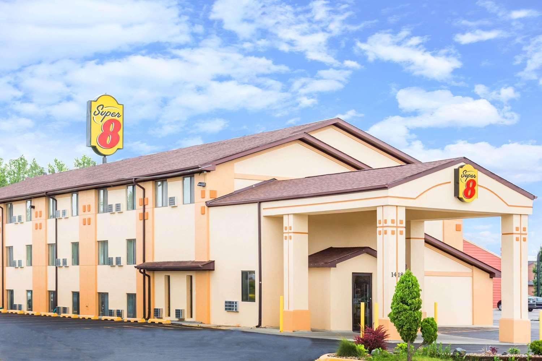 Exterior view - Super 8 Hotel Ames