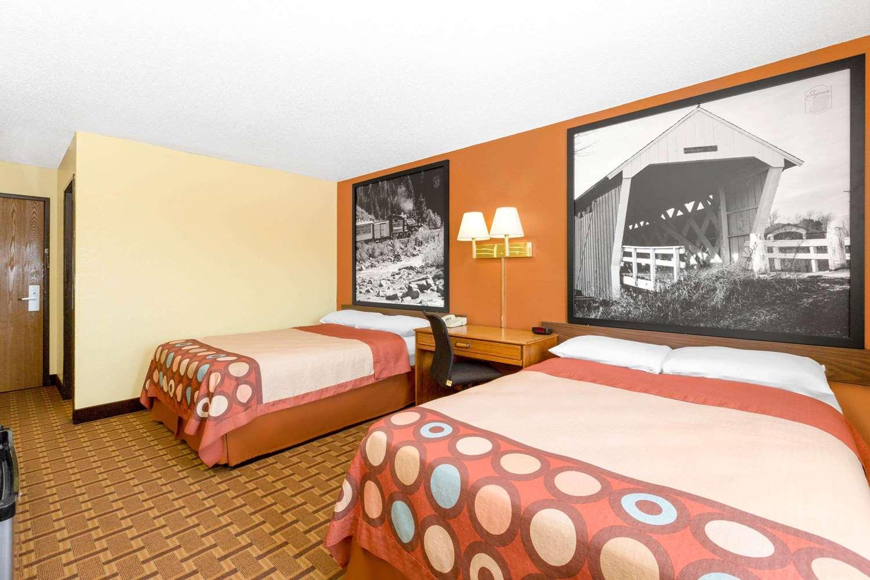 Room - Super 8 Hotel Boone