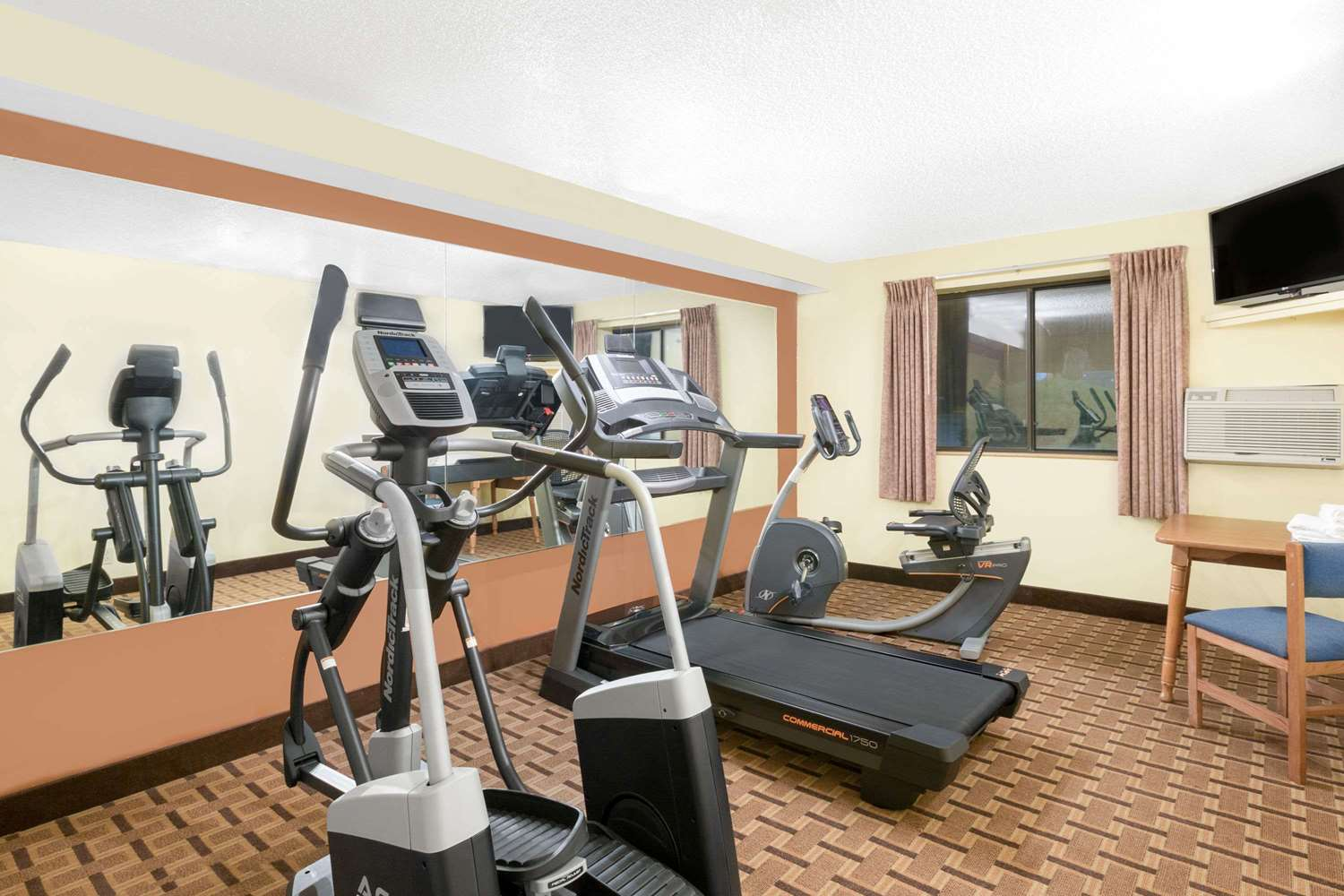 Fitness/ Exercise Room - Super 8 Hotel Boone