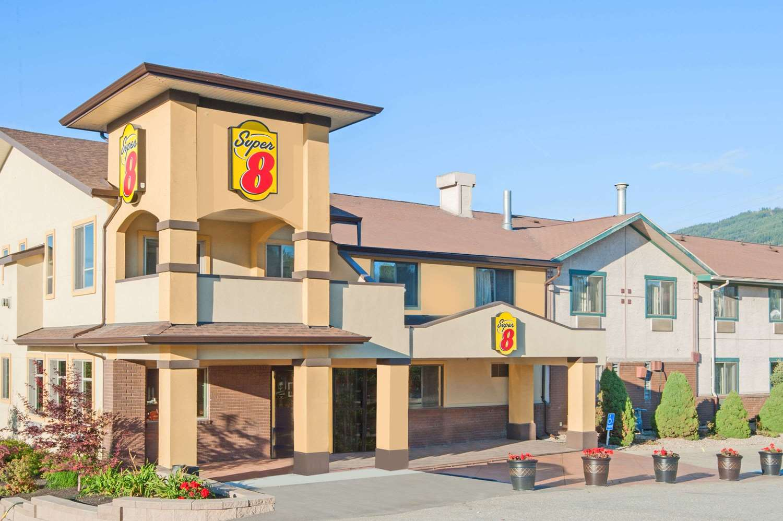Exterior view - Super 8 Hotel Salmon Arm