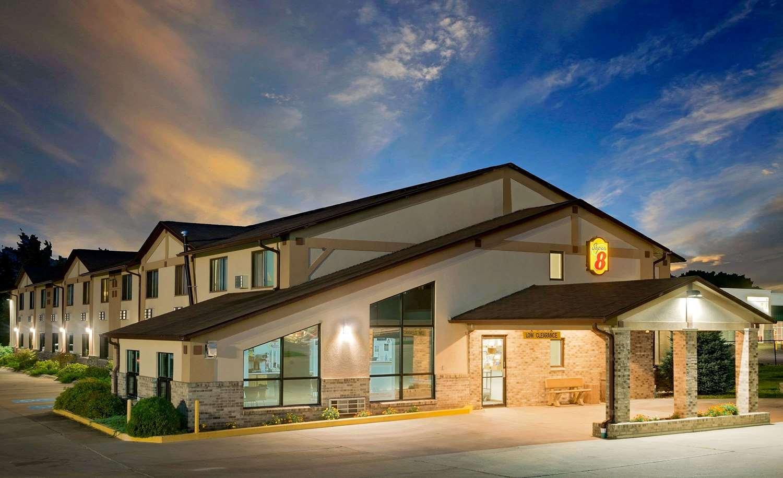 Exterior view - Super 8 Hotel Centerville