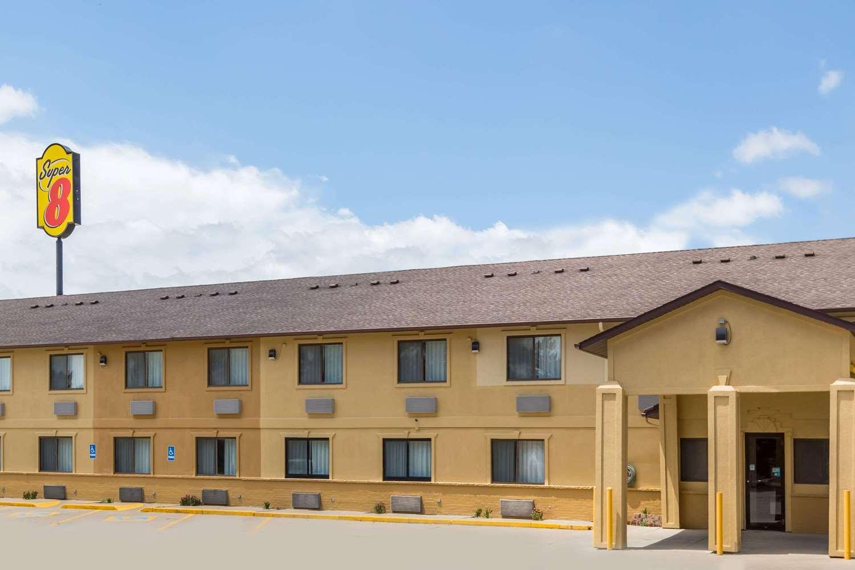 Exterior view - Super 8 Hotel Newton