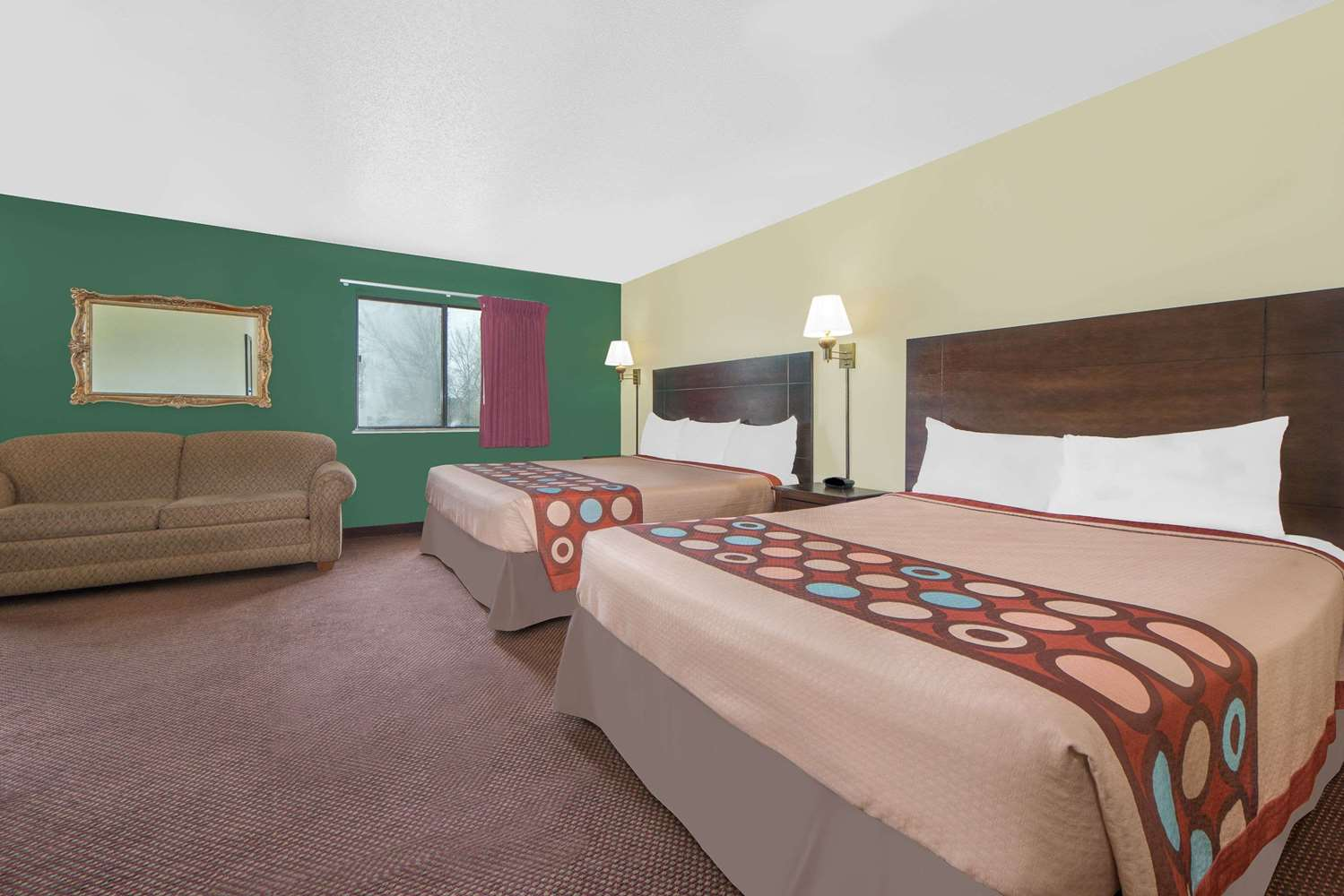 Suite - Super 8 Hotel Ottumwa