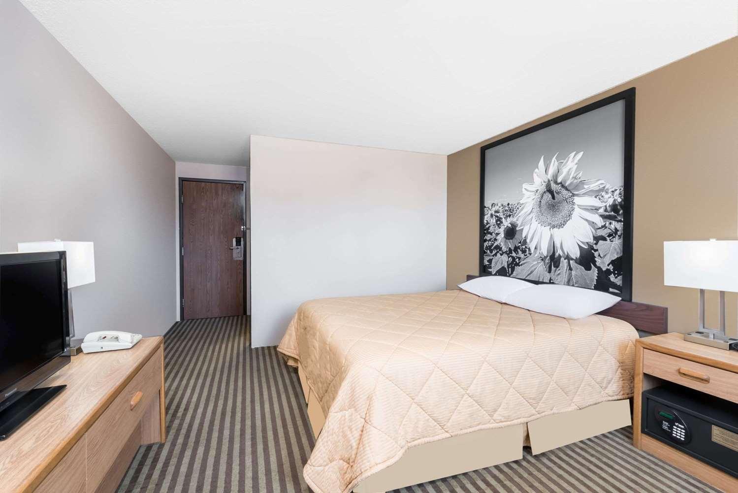 Room Super 8 Hotel Bowman