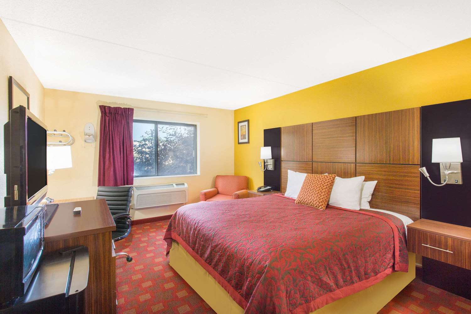 Room - Days Inn Leominster