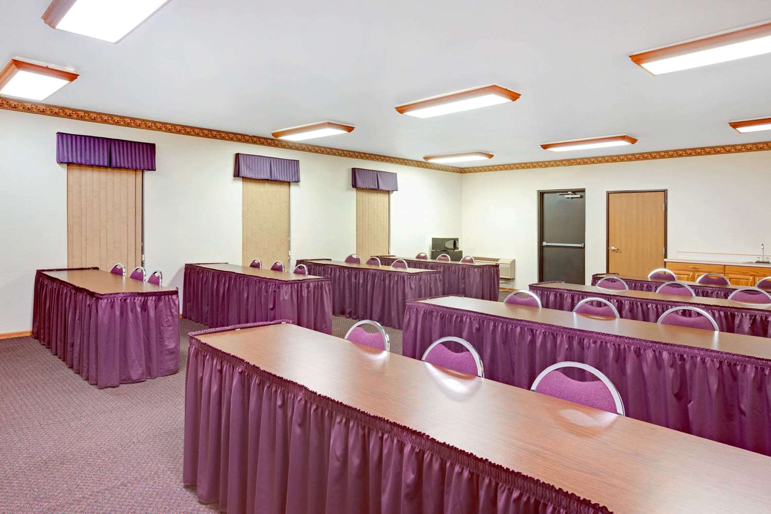 Meeting Facilities - Super 8 Hotel East Aberdeen