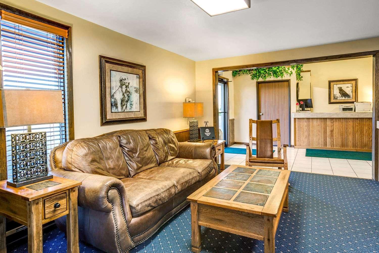 Lobby - Super 8 Hotel West Aberdeen