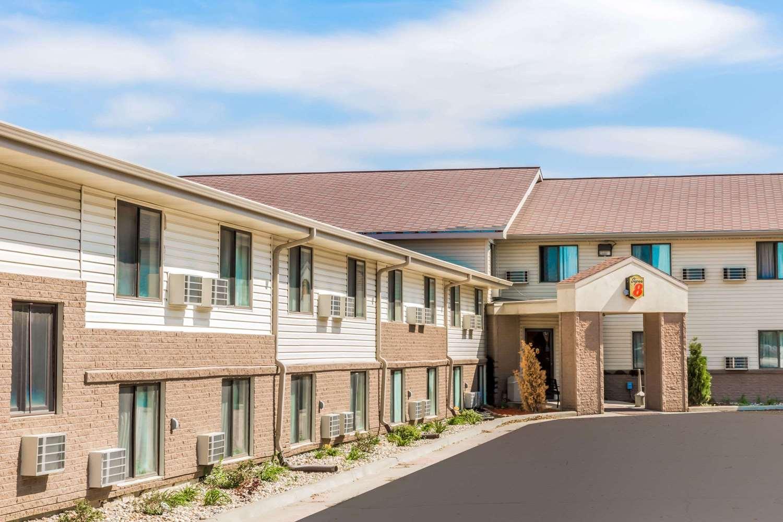 Exterior view - Super 8 Hotel I-90 Sioux Falls