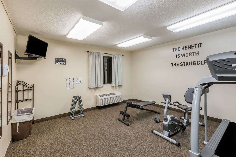 Fitness/ Exercise Room - Super 8 Hotel Manhattan