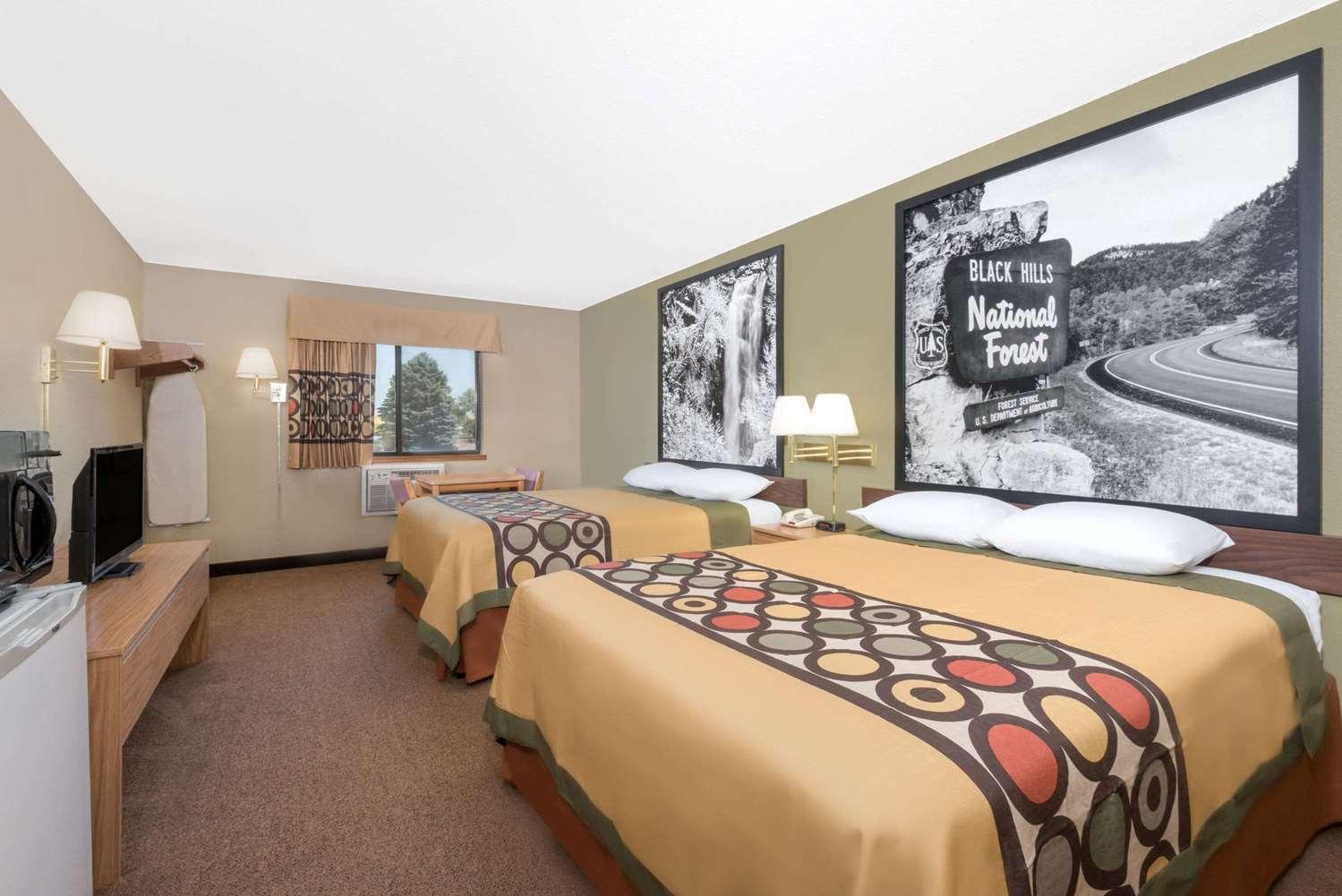 Room - Super 8 Hotel Winner