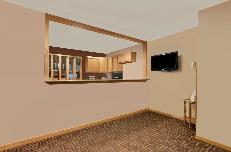 Lobby - Super 8 Hotel Spearfish