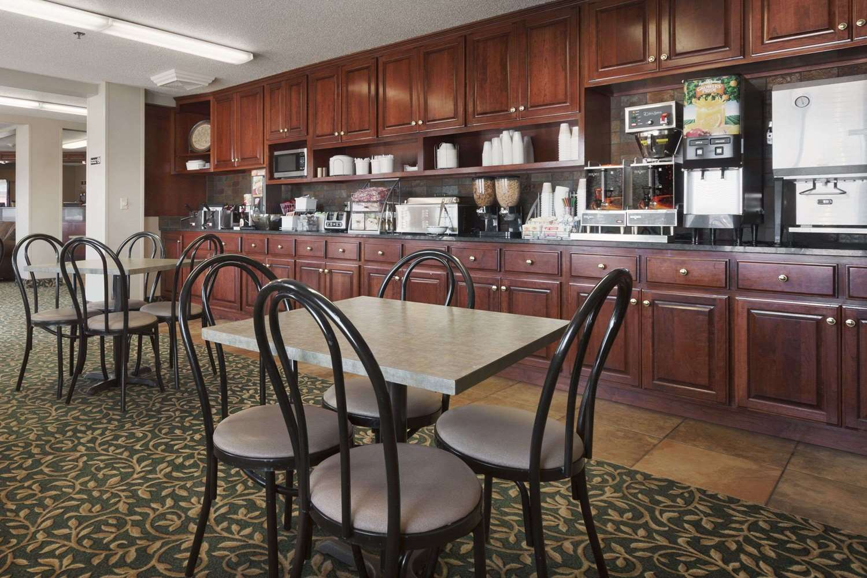 proam - Super 8 Hotel 41st Street Sioux Falls