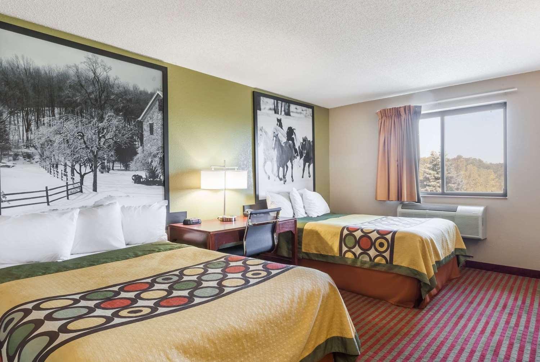 Room - Super 8 Hotel Amsterdam