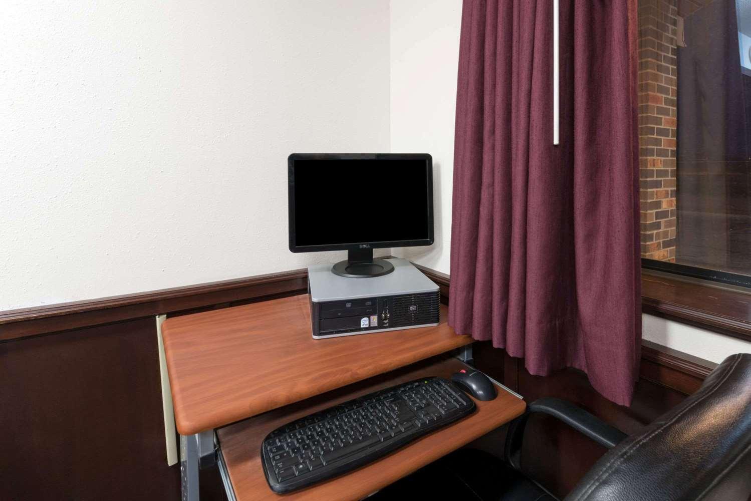 Conference Area - Super 8 Hotel Perham