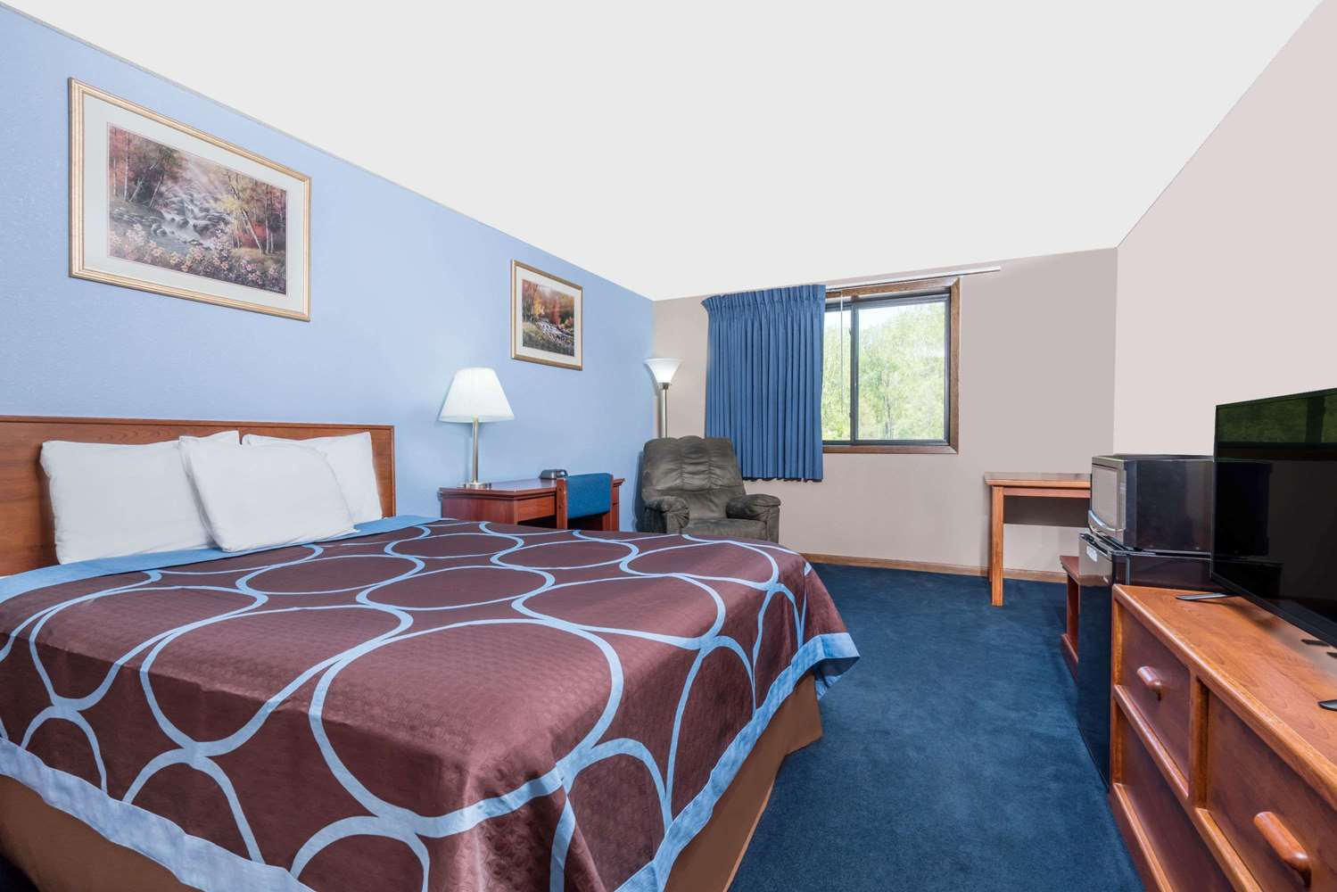 Room - Super 8 Hotel Mankato