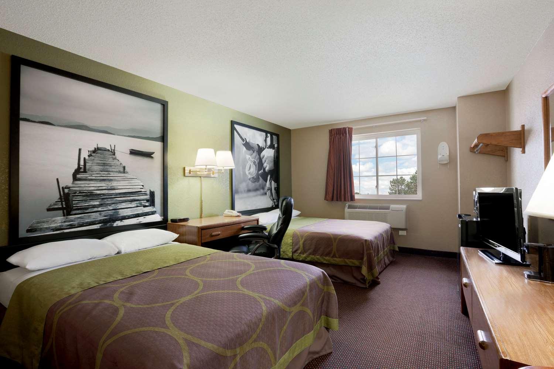 Room - Super 8 Hotel Pulaski
