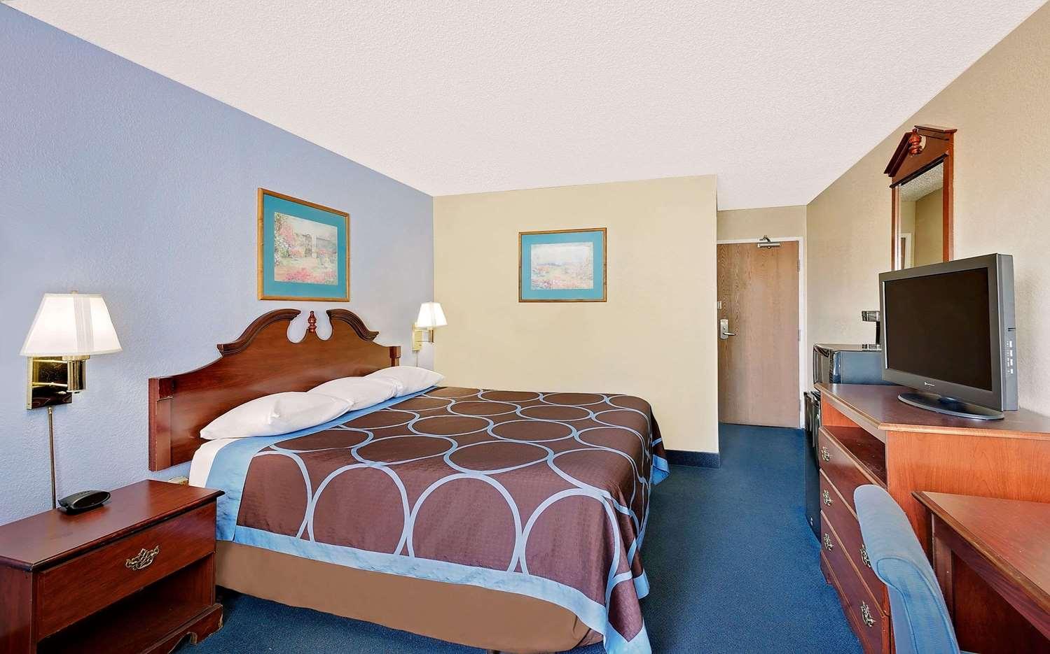 Room Super 8 Hotel Newburgh