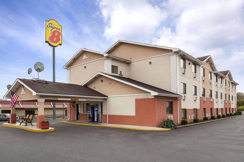 Exterior view - Super 8 Hotel Brookville
