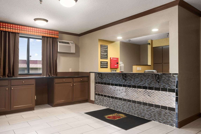 Lobby - Super 8 Hotel Brookville