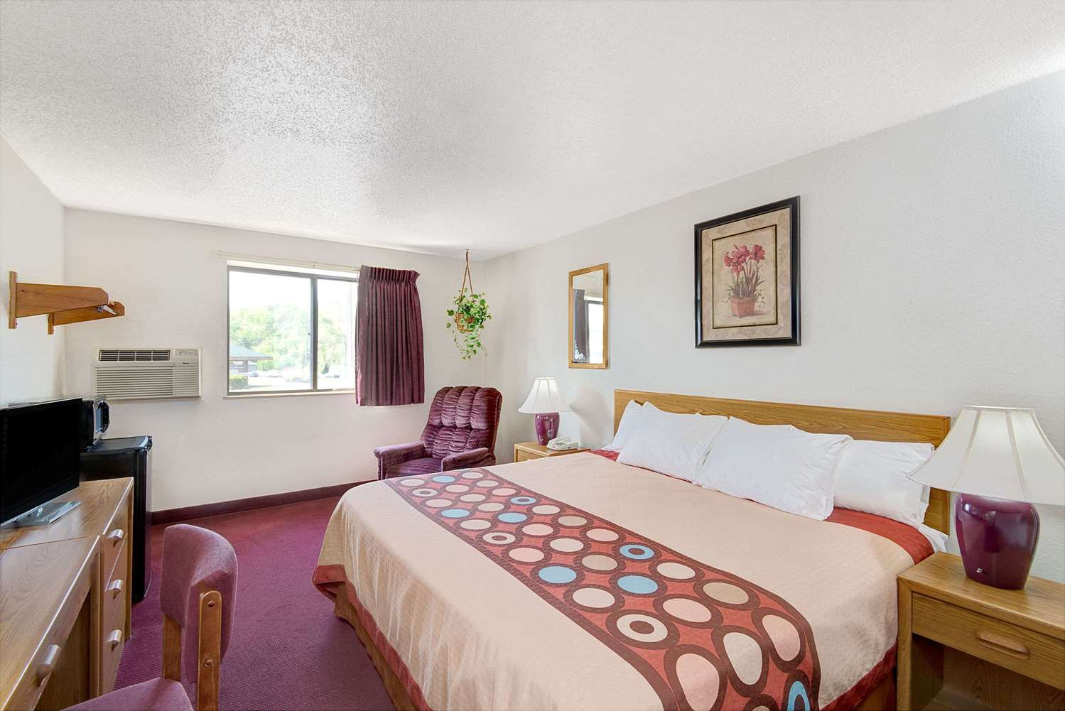 Suite - Super 8 Hotel Waynesburg