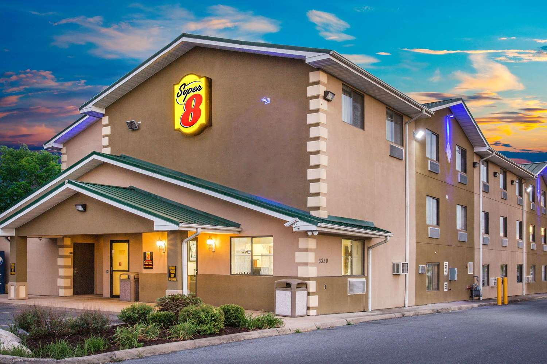 Exterior view - Super 8 Hotel Harrisonburg