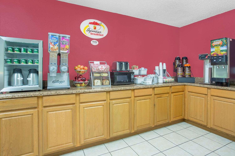 proam - Super 8 Hotel Roanoke