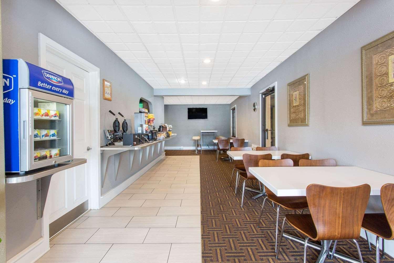 proam - Super 8 Hotel Wytheville