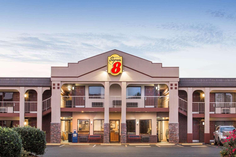 Exterior view - Super 8 Hotel Wytheville