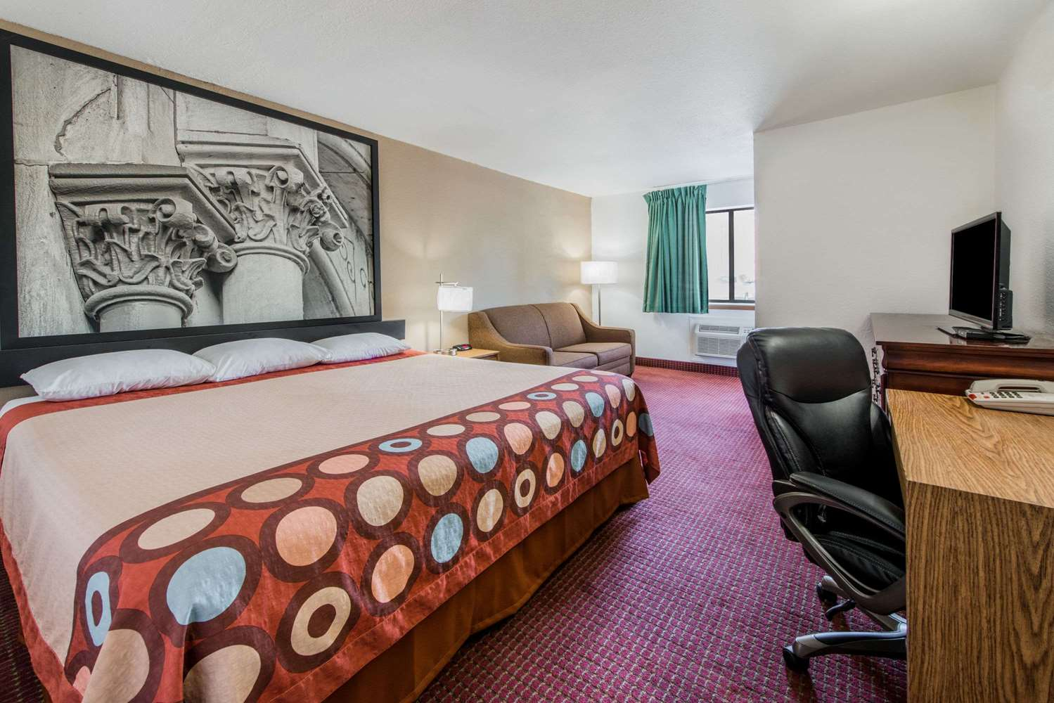 Suite - Super 8 Hotel Elizabethtown
