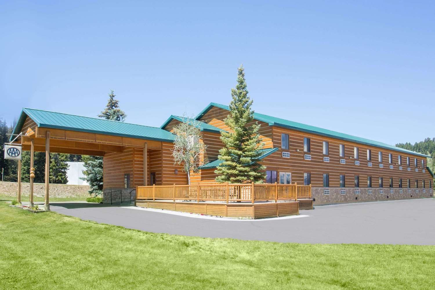 Exterior view - Super 8 Hotel West Yellowstone