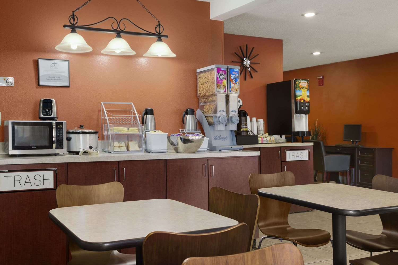 Super 8 Hotel Prestonsburg, KY - See Discounts