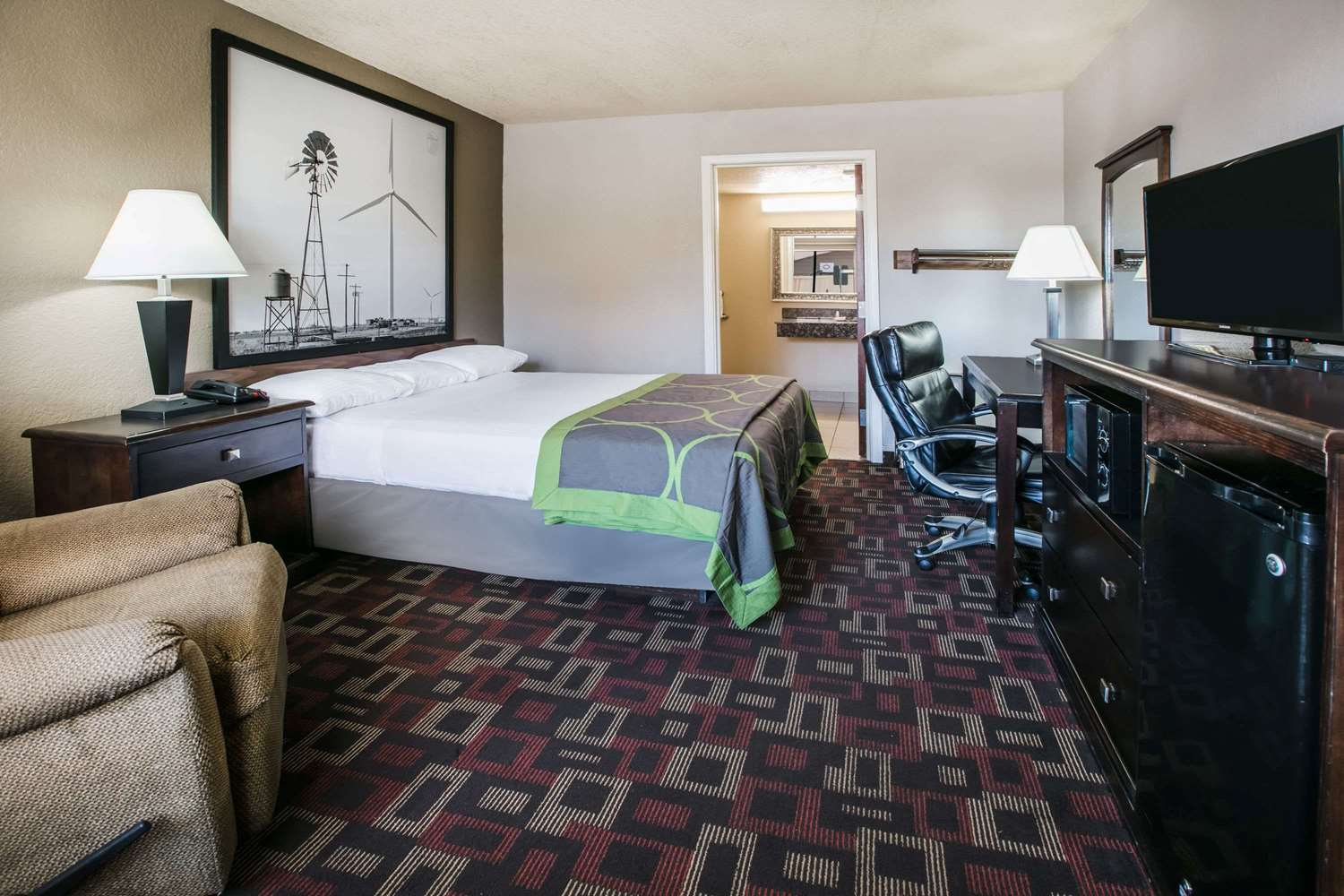 Room - Super 8 Hotel West Oklahoma City
