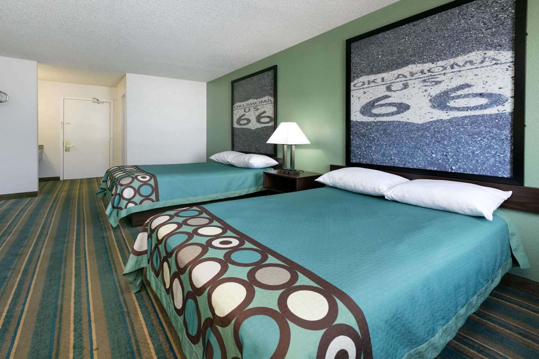 Room Super 8 Hotel Sapulpa
