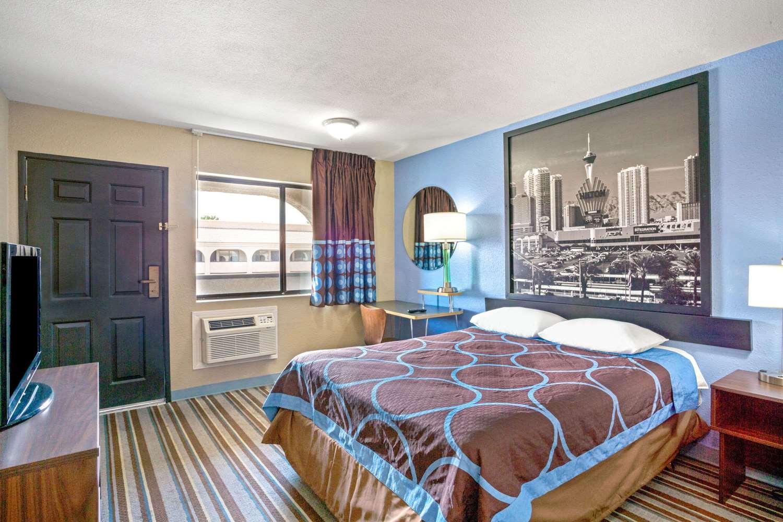 Room - Super 8 Hotel Nellis AFB Las Vegas