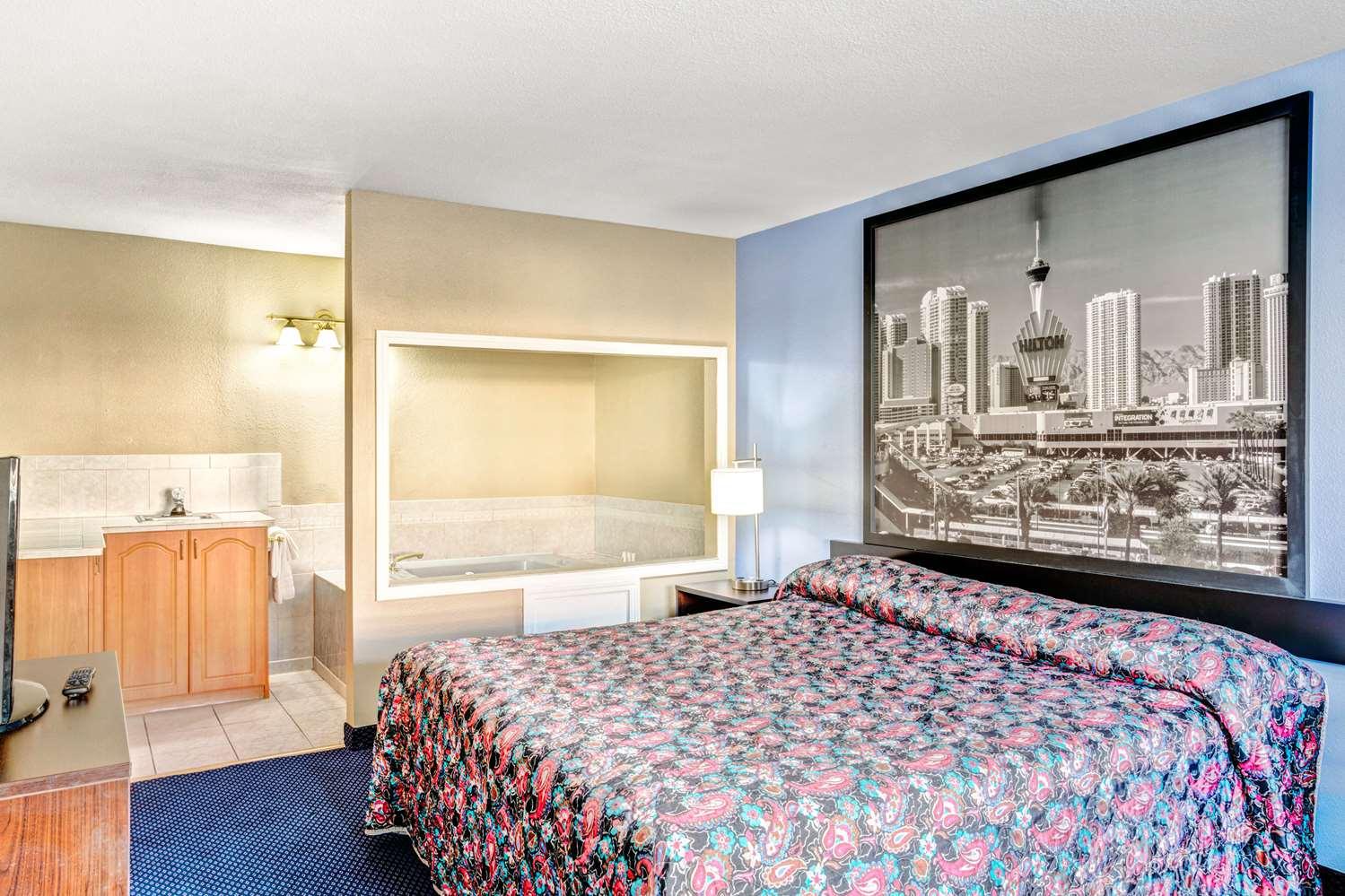 Suite - Super 8 Hotel Nellis AFB Las Vegas