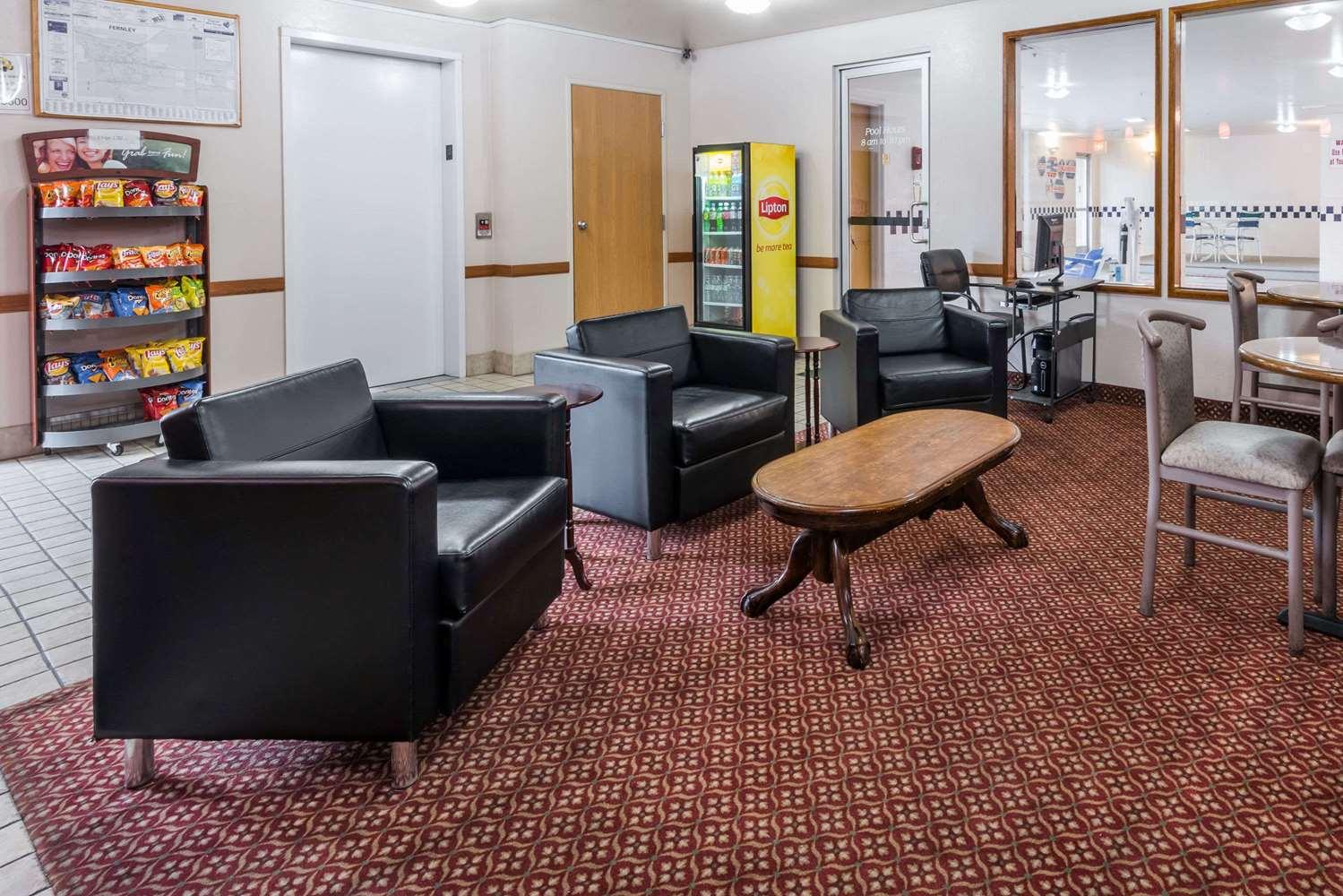 Lobby - Super 8 Hotel Fernley