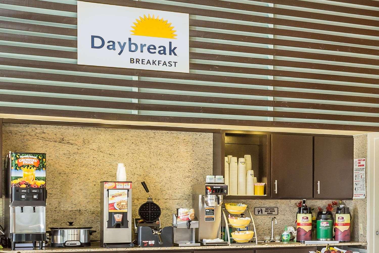 proam - Days Inn Lake Park