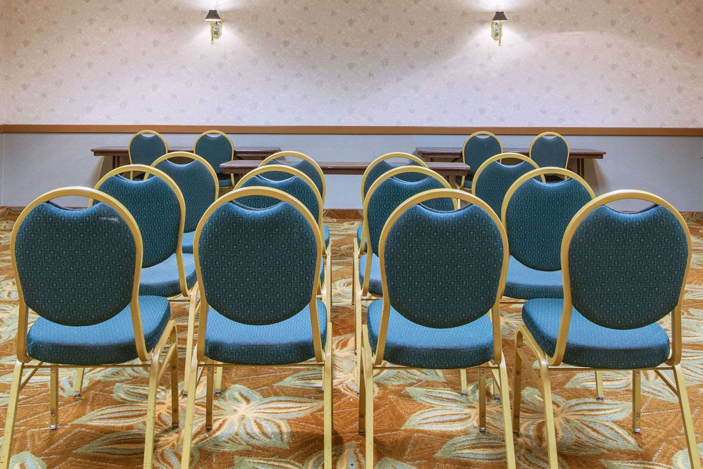 Meeting Facilities - Days Inn Canastota