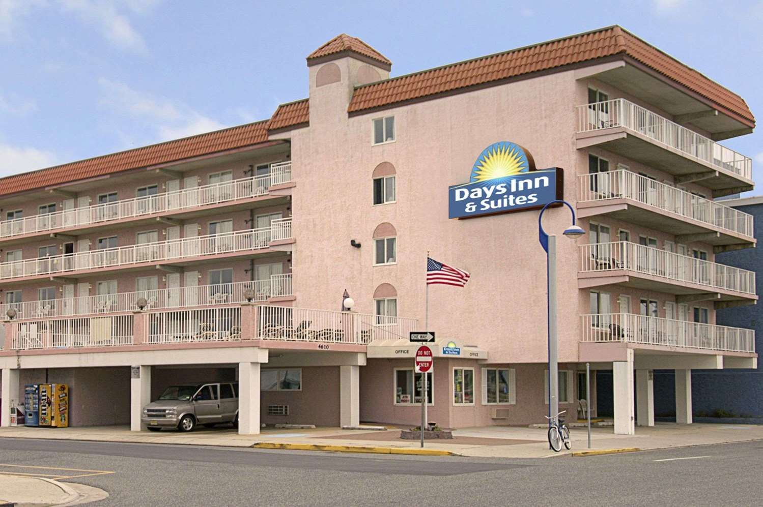 Exterior view - Days Inn & Suites Wildwood